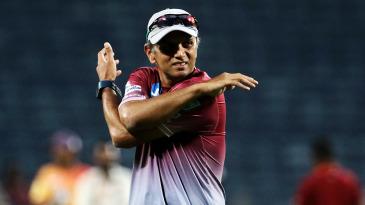 Rahul Dravid stretches