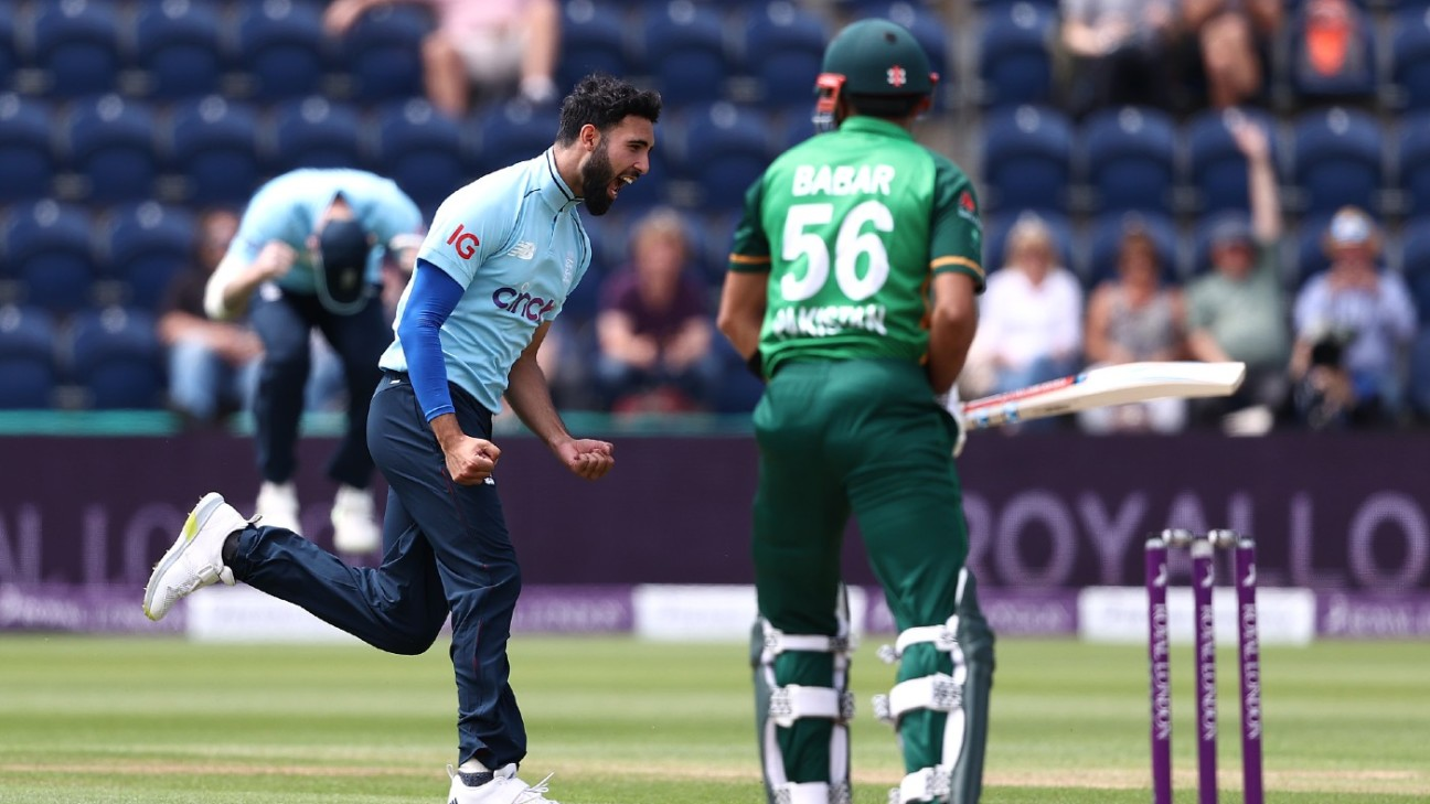 Saqib Mahmood dismissed Babar Azam for a duck in his first over