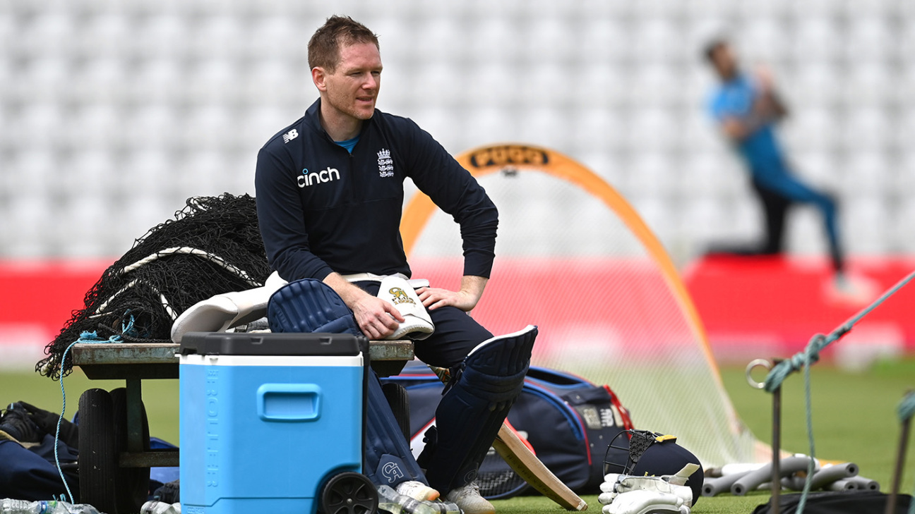Eoin Morgan returns from self-isolation