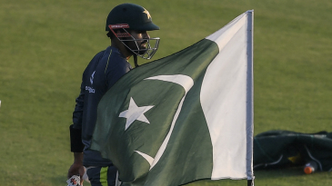 Babar Azam shows up for a batting practice session at Rawalpindi