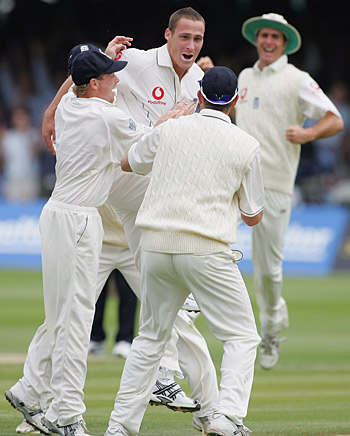 Simon Jones dismisses Damien Martyn, England v Australia, first Test, Lord's