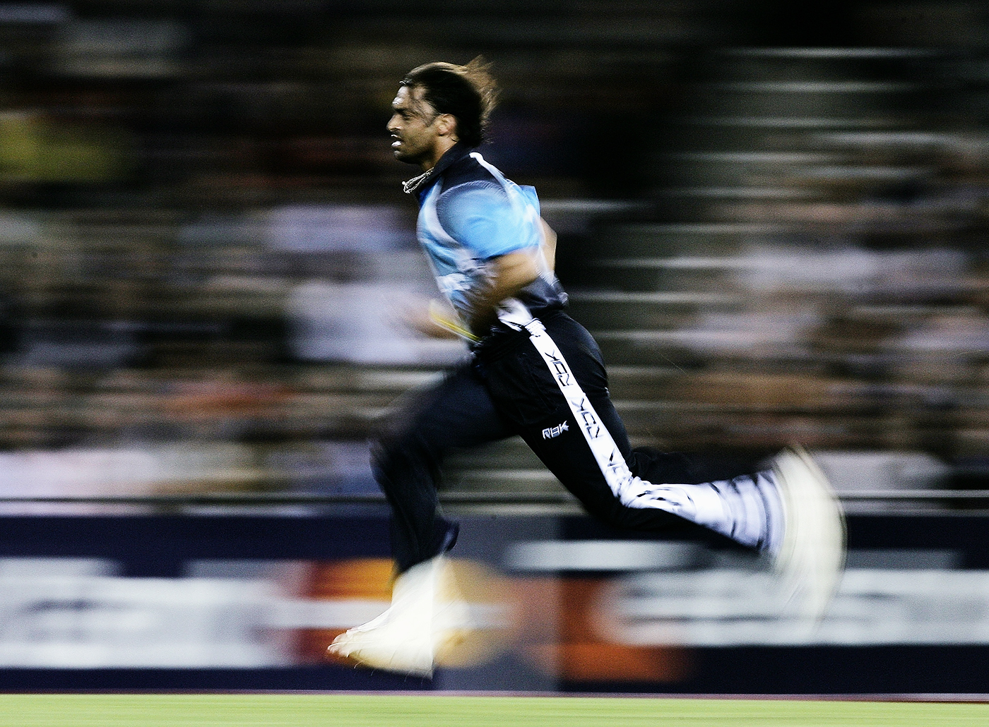 Flo Sho: what would be the state of aerodynamic technology today if Akhtar's hair had been tested as much as his arm?