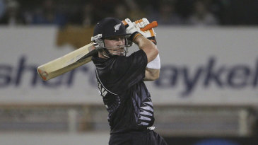 Brendon McCullum slammed 50 in 25 balls to take New Zealand to victory