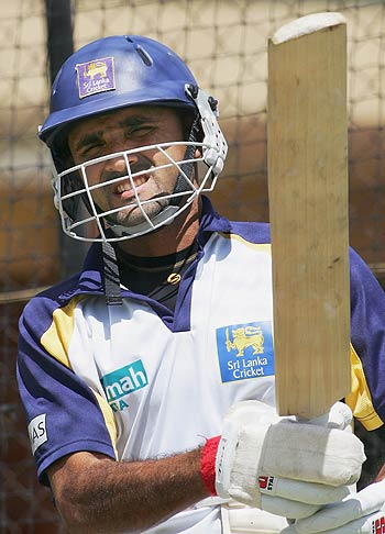 Marvan Atapattu recalled in the Test squad after a break of 18 months