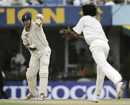 Kevin Pietersen c & b Munaf Patel