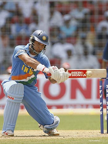 Yuvraj Singh smashed 103 from 76 deliveries