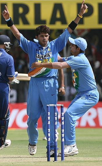 Sreesanth's haircut when taking wickets