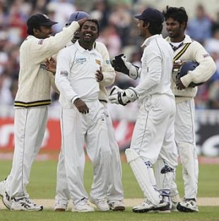 Muttiah Muralitharan grabs yet another wicket, England v Sri Lanka, 2nd Test, Edgbaston, May 28, 2006
