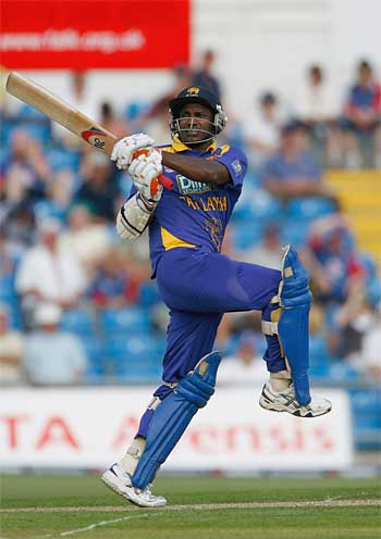 Sanath Jayasuriya hits out on his way to a 72-ball ton