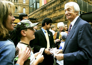 Richie Benaud signs autographs at the official launch of the Ashes series, Sydney, November 8, 2006