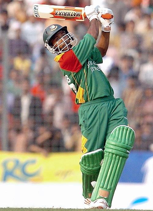 Aftab guides Bangladesh to victory