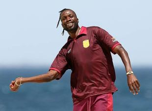 Curtly Ambrose soaks in the festive spirit, Scarborough Beach, Perth, January 27, 2007