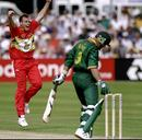 Neil Johnson celebrates the fall of Jacques Kallis, South Africa v Zimbabwe, World Cup, 26th match, Chelmsford, May 29, 1999