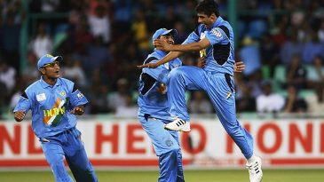 Ashish Nehra took 6 for 23 against England