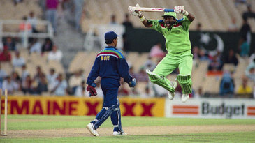 Javed Miandad acrobatically imitates the over-enthusiastic Kiran More