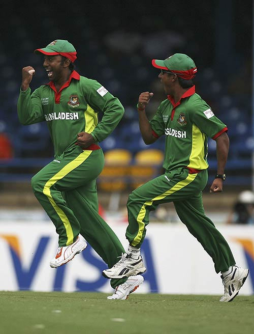 Bangladesh storms into the super 8.