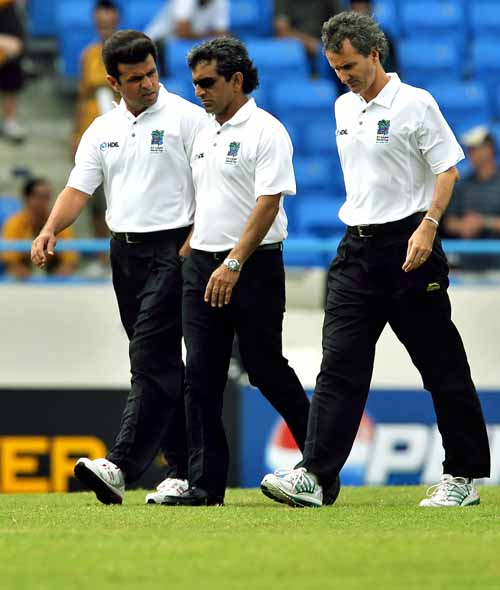 73946 - Rauf, Bowden dropped from Elite umpires' list