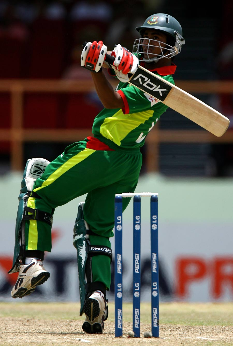 Confident Bangladesh aim to restore consistency .
