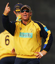 Shane Warne commands his troops