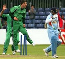 Ireland's Roger Whelan celebrates the wicket of Sachin Tendulkar, Ireland v India, one-off ODI, Belfast, June 23, 2007