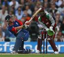 Paul Collingwood sweeps during his 27, England v West Indies, 2nd Twenty20 international, The Oval, June 29, 2007