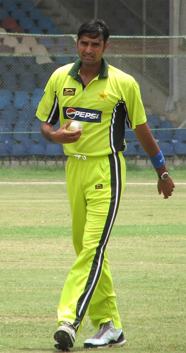 http://www.cricinfo.com/db/PICTURES/CMS/78300/78305.jpg
