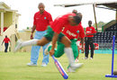 Bernard Julien oversees the running-between-the-wickets exercise at the Digicel coaching clinic, Arnos Vale, St Vincent, August 7, 2007