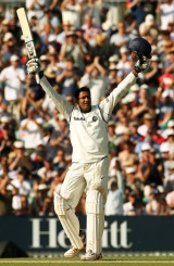 Anil Kumble gets his maiden hundred - Cricinfo