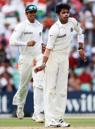 Sreesanth breaks into a celebratory jig after getting rid of Kevin Pietersen, England v India, 3rd Test, The Oval, 5th day, August 13, 2007