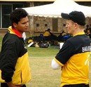 Mashrafe Mortaza and coach Shaun Williams discuss strategies, Nairobi Gymkhana, August 31, 2007