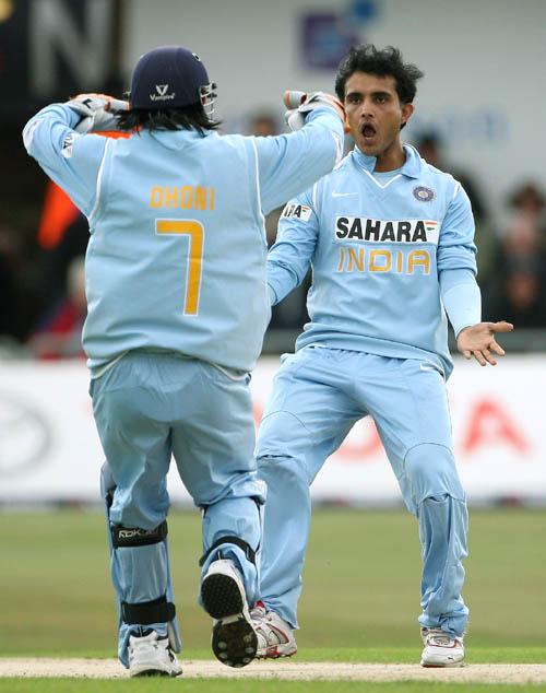 Mahendra Singh Dhoni And Sourav Ganguly Celebrate Matt Priors