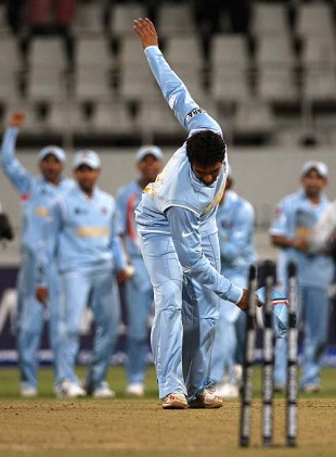 Cricinfo XI: Unusual celebrations in cricket | Regulars | Cricinfo ...