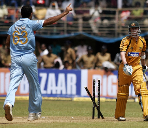 Michael Clarke is out stumped by Dhoni off Irfan Pathan