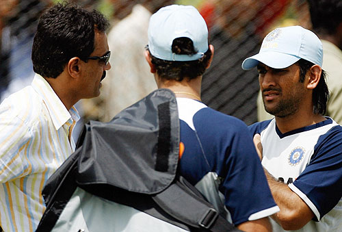 Dilip Vengsarkar, Mahendra Singh Dhoni and Yuvraj Singh have a discussion, India v Australia ODI series, Rajiv Gandhi International Stadium, Hyderabad, October 4, 2007