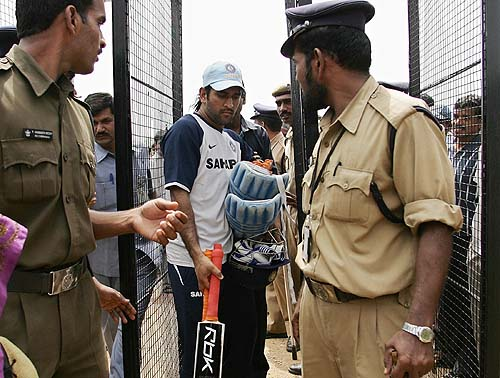 Mahendra Singh Dhoni exits the ground amid tight security, India v Australia ODI series, Rajiv Gandhi International Stadium, Hyderabad, October 4, 2007