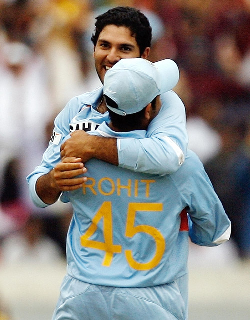 Rohit Sharma and Yuvraj Singh celebrate Ricky Pontings dismissal, India v Australia, 3rd ODI, Hyderabad, October 5, 2007