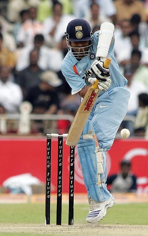 Sachin Tendulkar plays one off the back foot, India v Australia, 3rd ODI, Hyderabad, October 5, 2007
