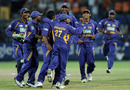 Sri Lanka celebrate the wicket of Kevin Pietersen, Sri Lanka v England, 5th ODI, Colombo, October 13, 2007