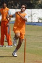 Robin Morris of the Mumbai Champs bowls during an ICL training camp, Mumbai, November 19, 2007