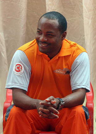 Brian Lara takes questions from the media at an ICL press briefing, Mumbai, November 25, 2007