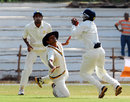 Karnatak's KB Pawan latches on to a close-in catch, Karnataka v Rajasthan, Ranji Trophy Super League, Group A, 4th round, 4th day, Mysore, December 4, 2007