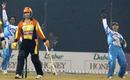 Paul Nixon appeals for a leg-before against Nathan Astle, Delhi Jets v Mumbai Champs, 8th match, Indian Cricket League, Panchkula, December 7, 2007