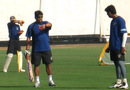 Chandrakant Pandit, the Maharashtra coach, and Sairaj Bahutule have a word during practice, Nagothane, December 8, 2007