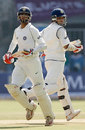 Rahul Dravid and Sourav Ganguly extended their stand to 152
