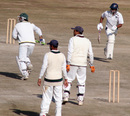 Mukesh Sharma and Hemant Dogra pick up a single during their 127-run stand for the second wicket, Himachal Pradesh v Rajashtan, Ranji Tropy Super League, Group A, 7th round, 1st day, Dharamsala, December 25, 2007