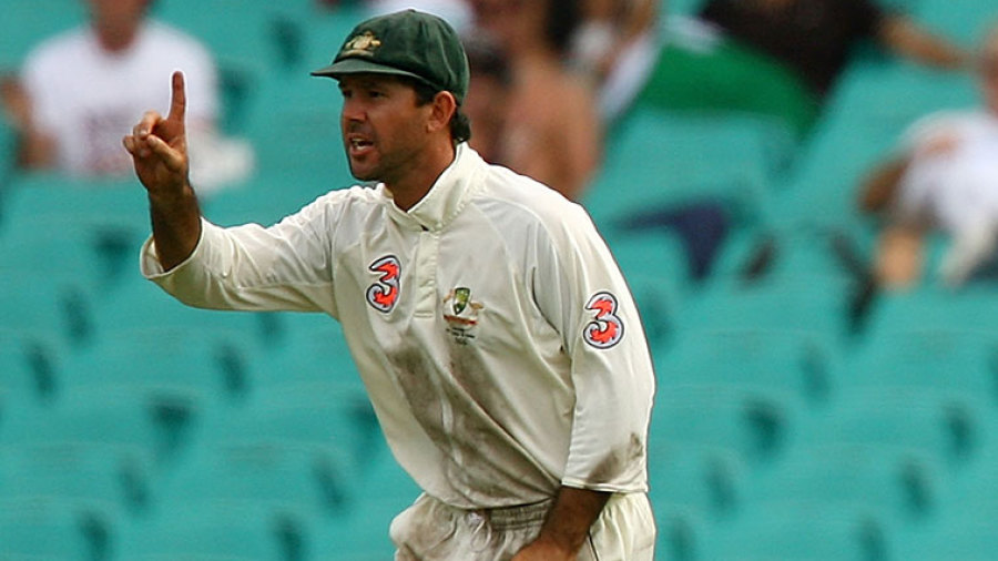 Ricky Ponting indicates to the umpire that the catch by Michael Clarke was clean