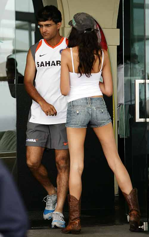 Sourav ganguly's encounter with hot aussie babe 84849