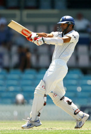 Rahul Dravid pulls on his way to 62, ACT XI v Indians, 1st day, Canberra, January 10, 2008