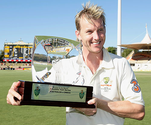 Brett Lee was adjudged Player of the Series for his 24 wickets, Australia v India, 4th Test, Adelaide, 5th day, January 28, 2008