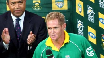 Shaun Pollock gives his farewell speech at the Wanderers